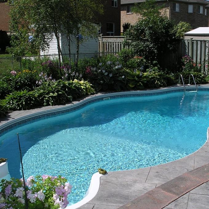 Aq plus aq c28 tqi for Limpiadores de piscinas